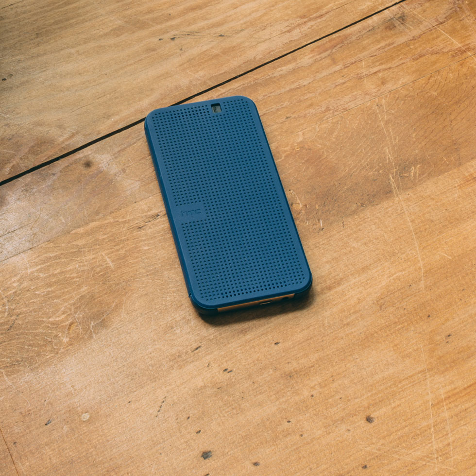 HTC Dot View™ - blue