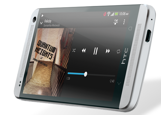 HTC BoomSound™. Zwei Stereo-Frontlautsprecher.